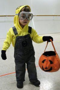 A Jennuine Life DIY Minion Costume
